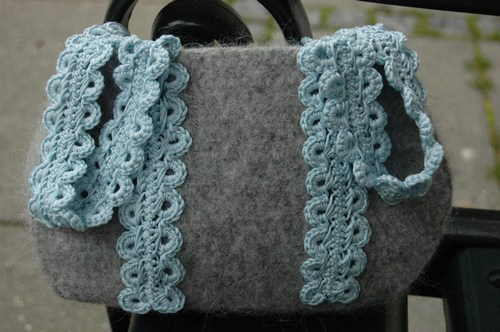 free-pattern-felted-crochet-bag-p.jpg