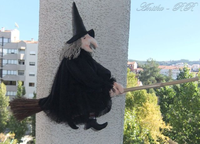 witch on a broom_anitka-rr.jpg