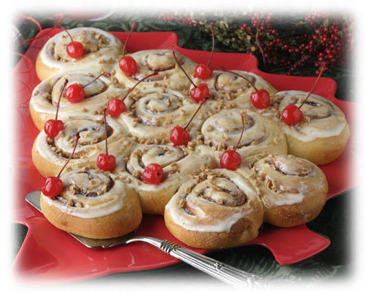 Cinnamon-Roll-Christmas-Tree-dessert.jpg